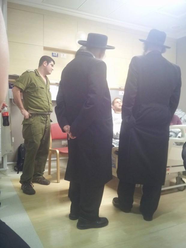 קידוש השם - האד' מקרלין בבית החולים - צילום: דוסים