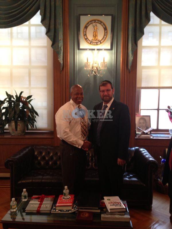קרויזר וראש עיריית ברוקלין
