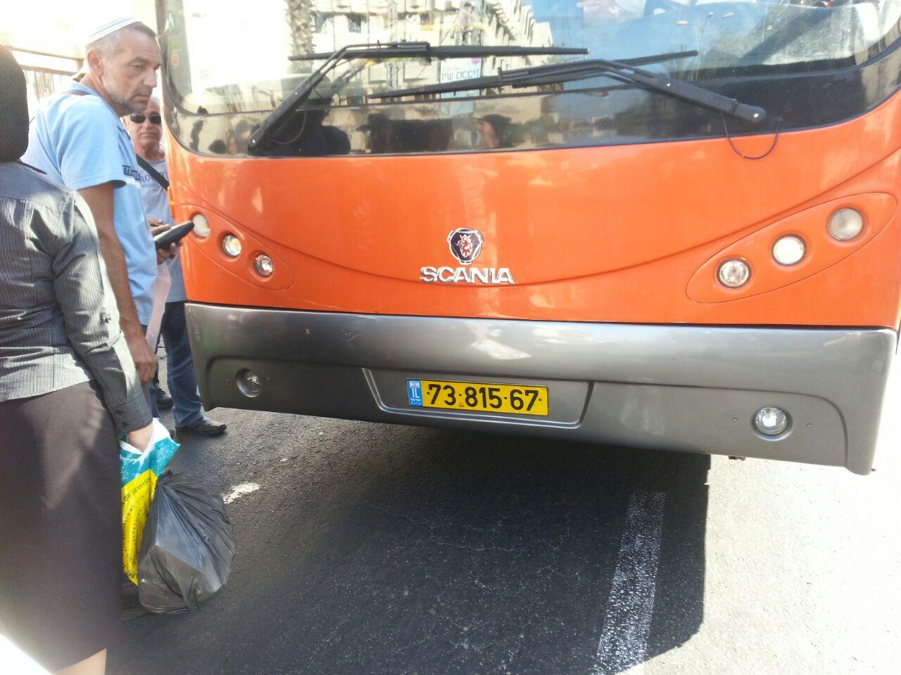 אוטובוס אוטובוסים חרדים נוסעים זועמים - צילם יהודה רחמים 24 (4)