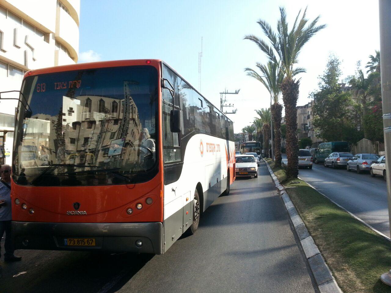 אוטובוס אוטובוסים חרדים נוסעים זועמים - צילם יהודה רחמים 24 (6)
