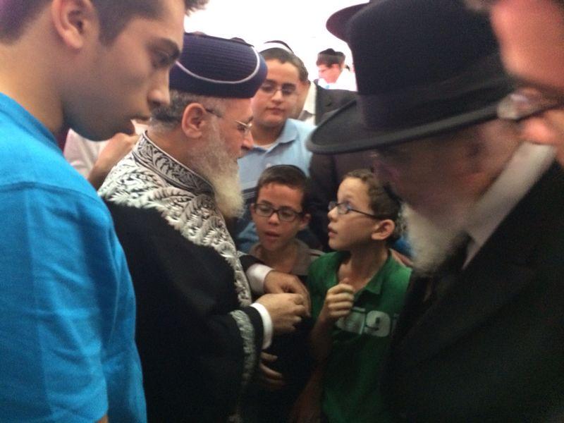 הגר''י יוסף עם הרב הגרב''מ אזרחי משיף (1)