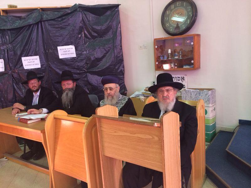 הגר''י יוסף עם הרב הגרב''מ אזרחי משיף (4)