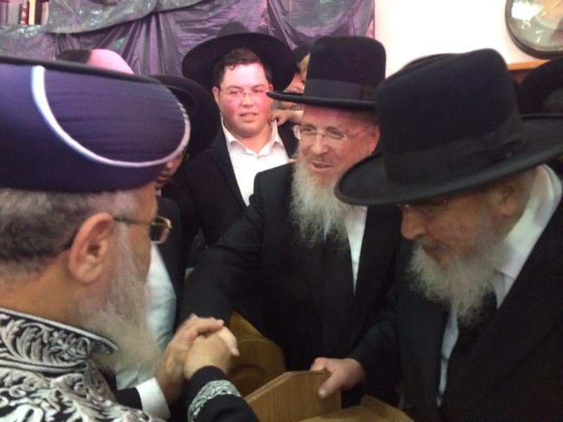 הגר''י יוסף עם הרב הגרב''מ אזרחי משיף (5)