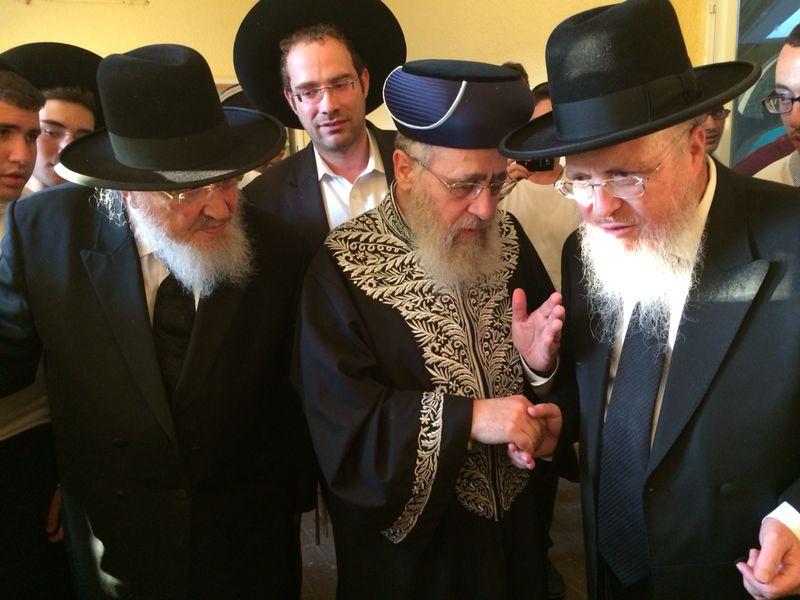 הגר''י יוסף עם הרב הגרב''מ אזרחי משיף (8)