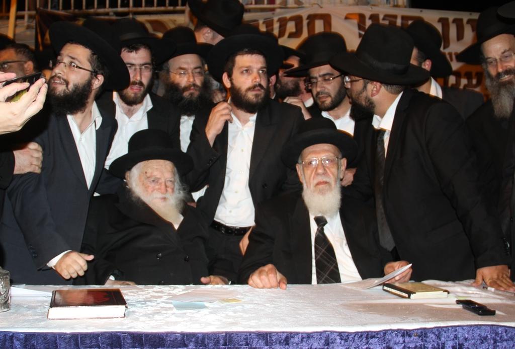 פדיון פטר חמור עם הגר''ח ו הגר''ש כהן אב עד צילם יעקב כהן (19)