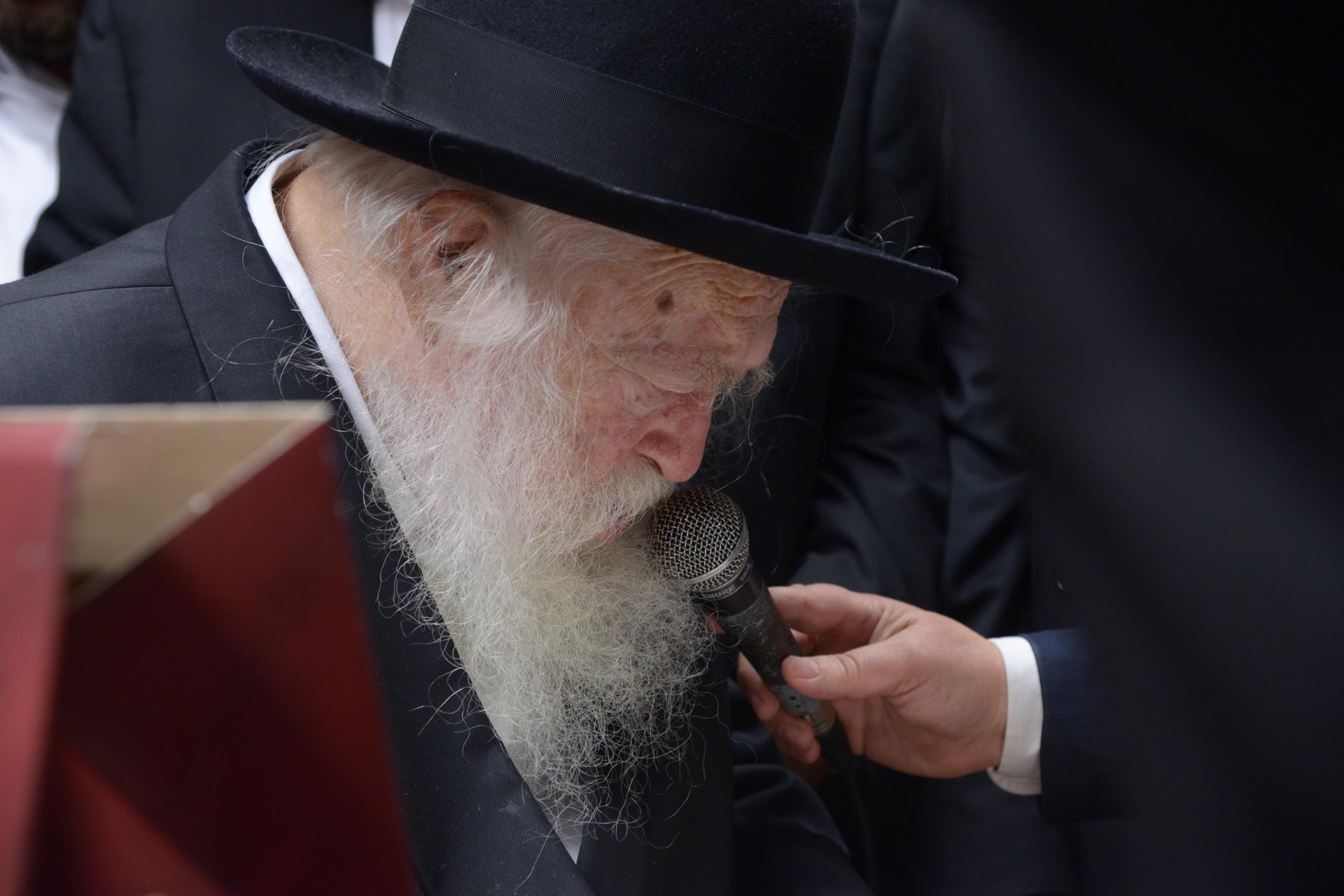 קופת העיר הגר''ח ראש השנה צילם משה גולדשטיין (5)