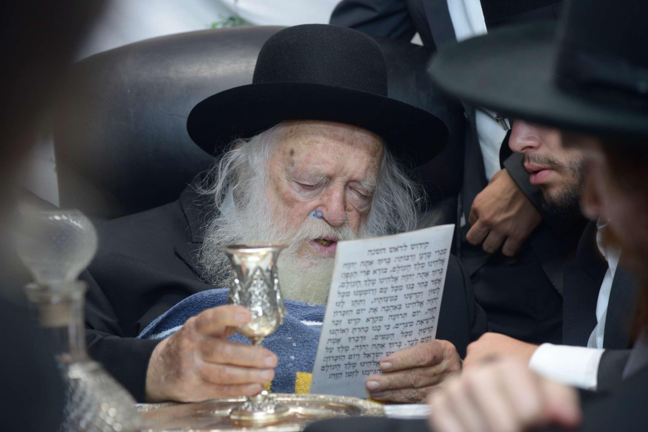 הגר''ח קניבסקי שמחת בית השואבהתשע''ה צילם מ גולדשטיין (27)