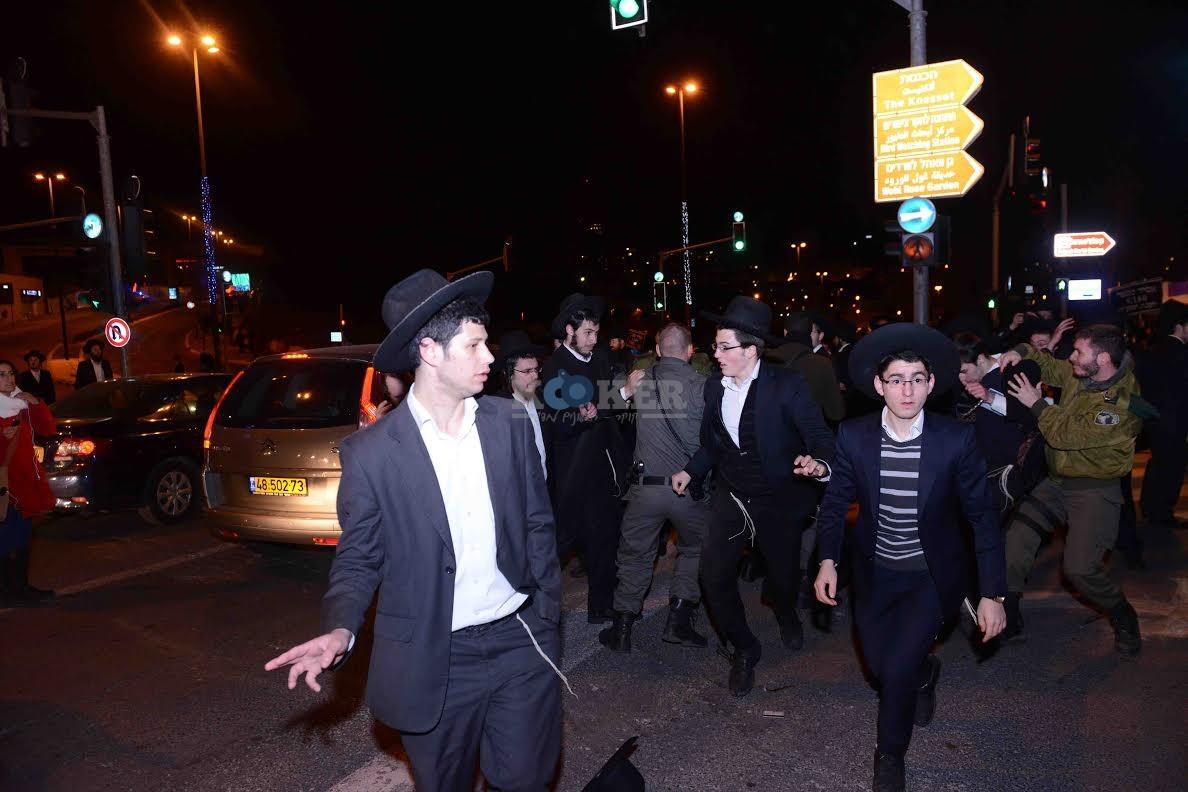 הפגנה בחורי ישיבות עריקים צילם משה בן נאים חדשות 24 (16)