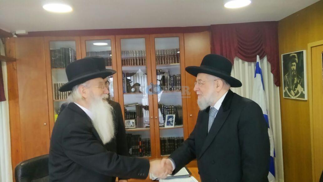 הרב ישראל מאיר לאו מותר לשימוש תמיד מחיים תקשורת (3)