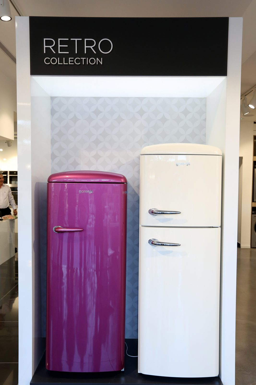 מוצרי חשמל למטבח- תנור, , מקרר, כיריים (3)צילום יחצ