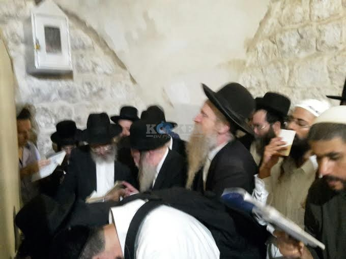 קבר יוסף 8