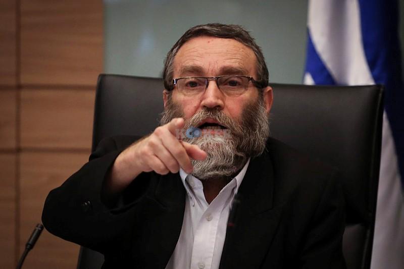 """""""אנשי הבית היהודי סחטו את המדינה וכעת מגלגלים עיניים לשמים"""". גפני. צילום: פלאש 90"""