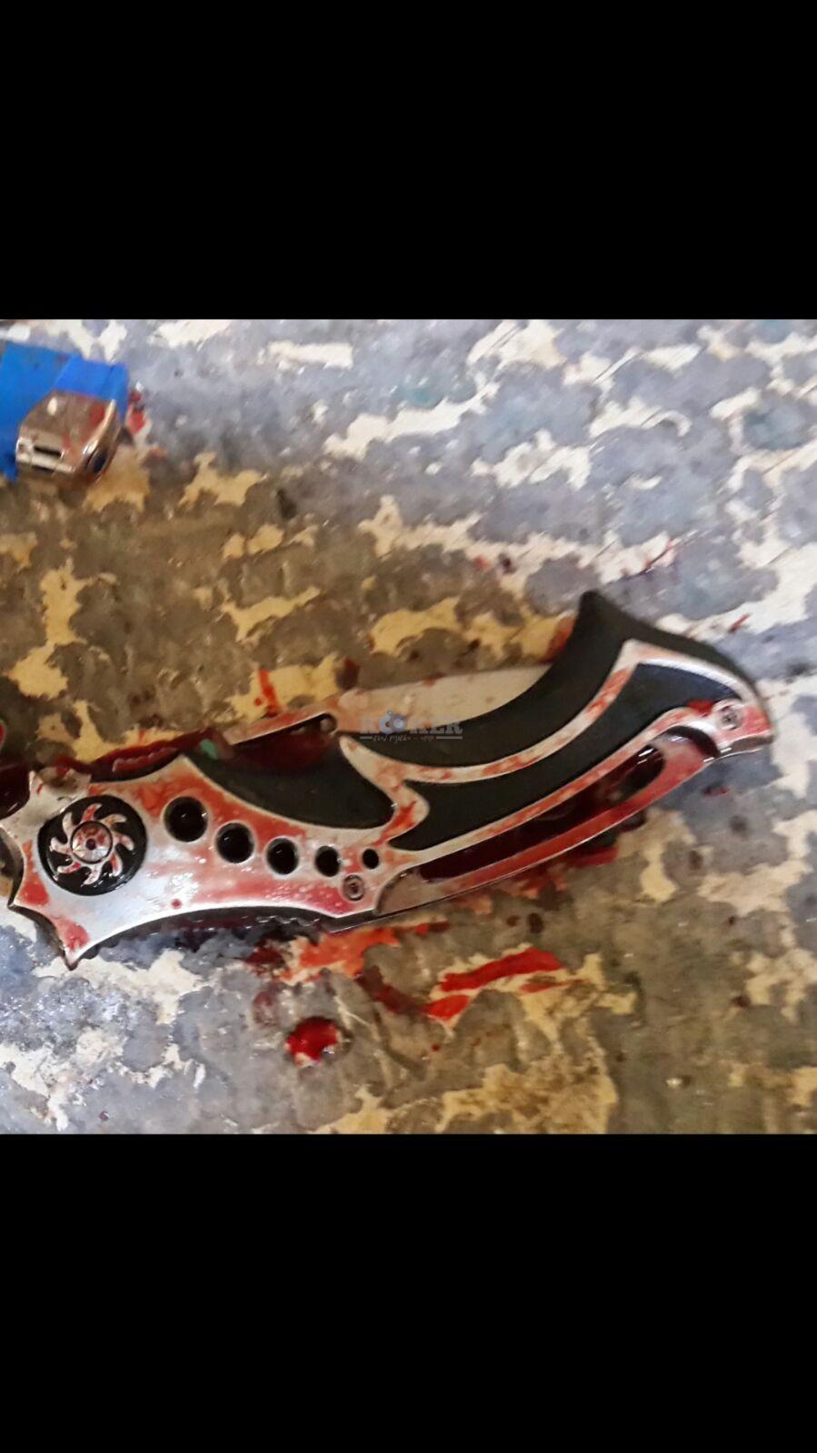 הסכין בה השתמש המחבל. צילום: פלאש 90