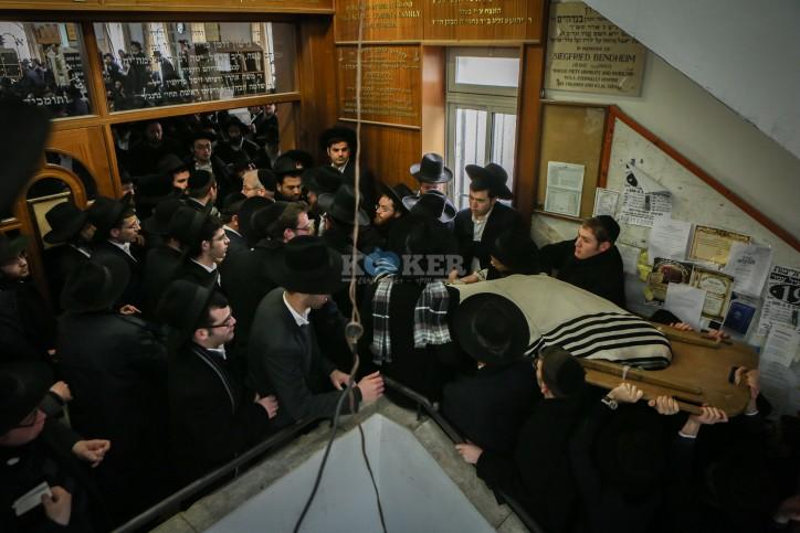 """הלווית הגאון רבי רפאל שמואלביץ זצ""""ל"""