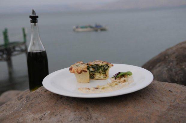 מאפה תרד שבועות עם גבינת רוקפור - שף מאיר רוזנברג צילום יגאל לוי מאושר לפרסום ללא תמורה 1 (Custom)